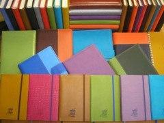 Personalización total para una agenda o cuaderno de regalo ideal